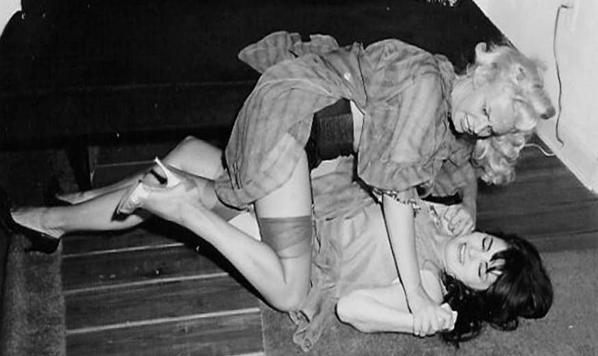 women fighting