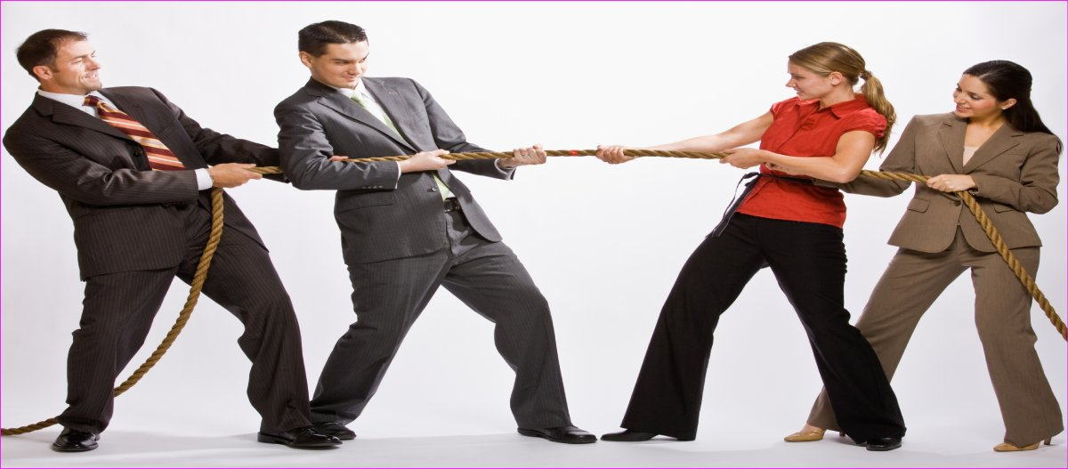 career women tug of war against men